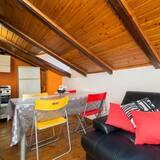 Appartamento, 1 letto queen con divano letto, non fumatori - Area soggiorno