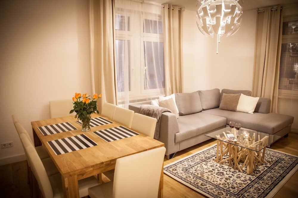 아파트, 침실 6개, 금연, 테라스 (Apartment 3) - 거실 공간