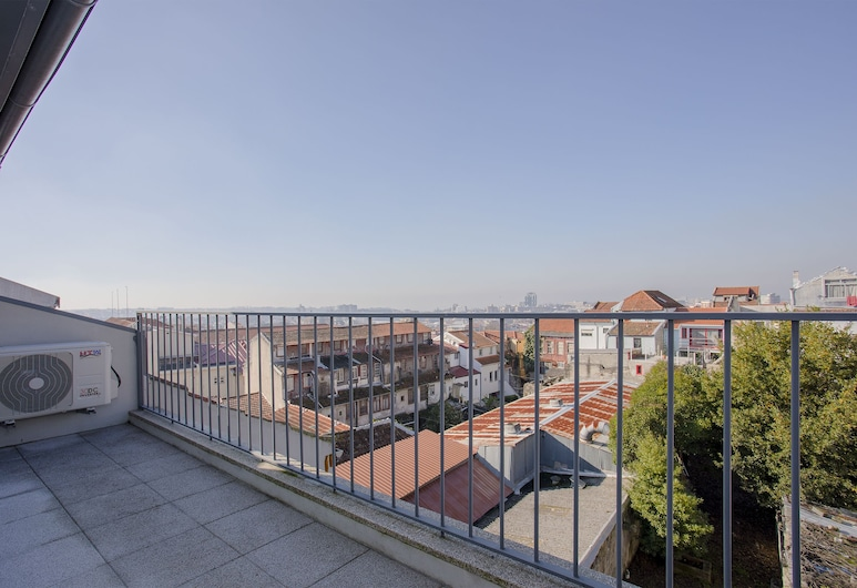 Liiiving - Mezzanine Downtown Balcony, Porto, Terrace/Patio
