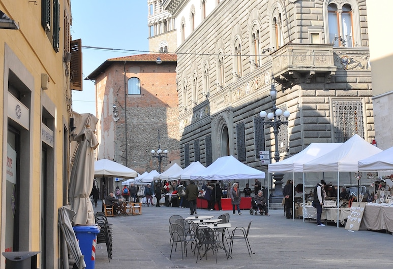 Al Canto del Cavour, Pistoia