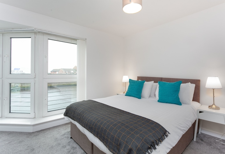 Logan Bay -  Donnini Apartments, Ayr, Luxury Apartment, Multiple Beds, Non Smoking, Room