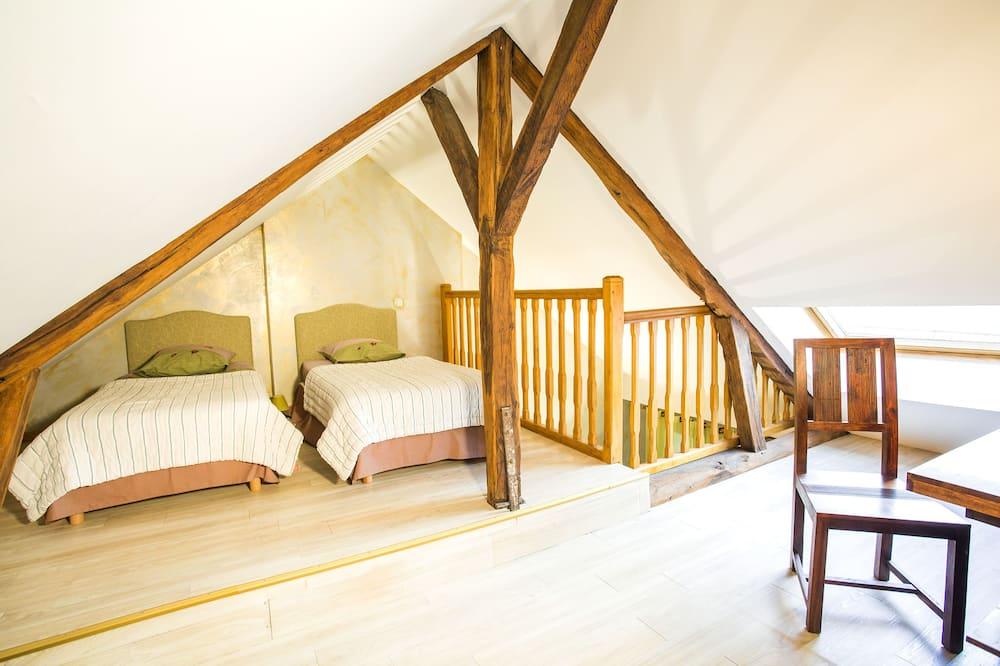 Quadruple Room, Multiple Beds (Les Crayeres) - Guest Room
