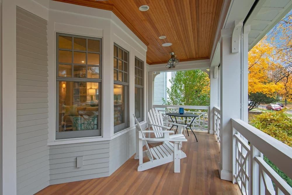 Casa de ciudad, Varias camas (Kenwood Manor) - Balcón