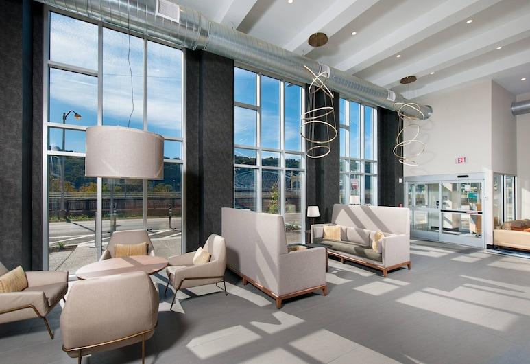Fairfield Inn & Suites by Marriott Pittsburgh Downtown, Pittsburgh, Lobby