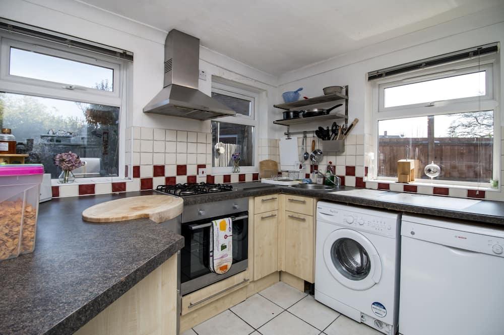 Standard Δίκλινο Δωμάτιο (Double) - Κοινόχρηστος εξοπλισμός κουζίνας