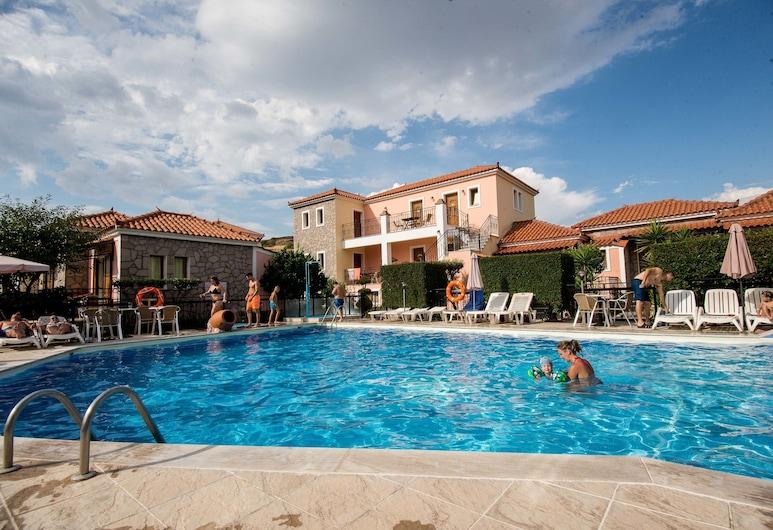 Christina's Garden, Lesbos, Venkovní bazén
