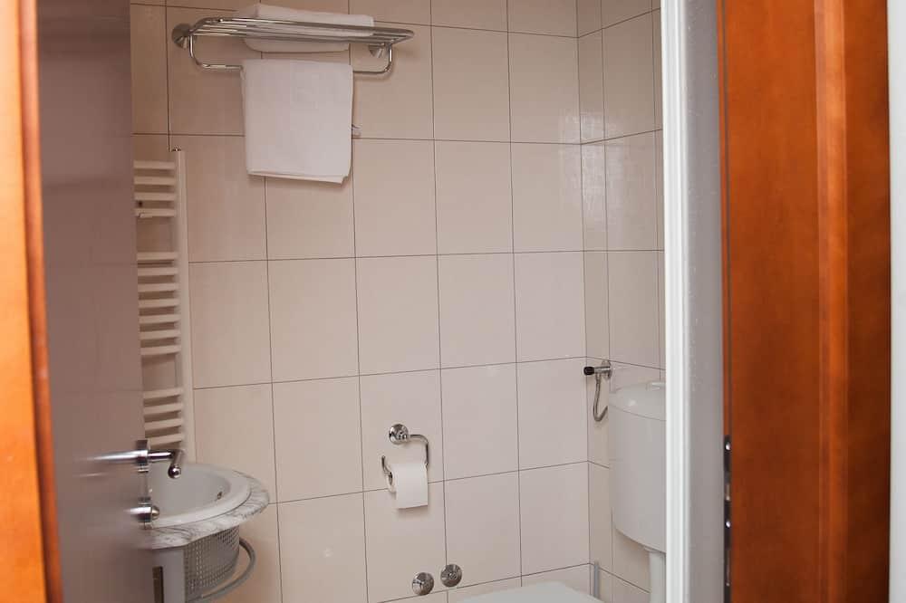 트리플룸, 싱글침대 3개 - 욕실