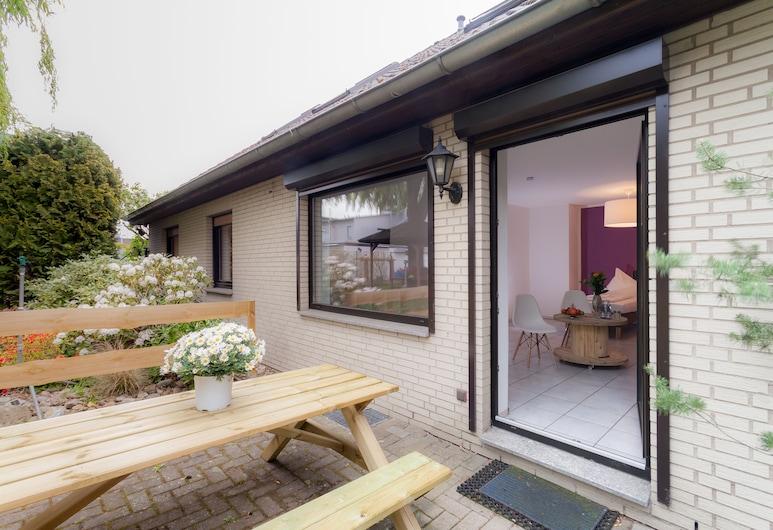 Hostel 2 Hannover-Laatzen, Laatzen, Terrace/Patio