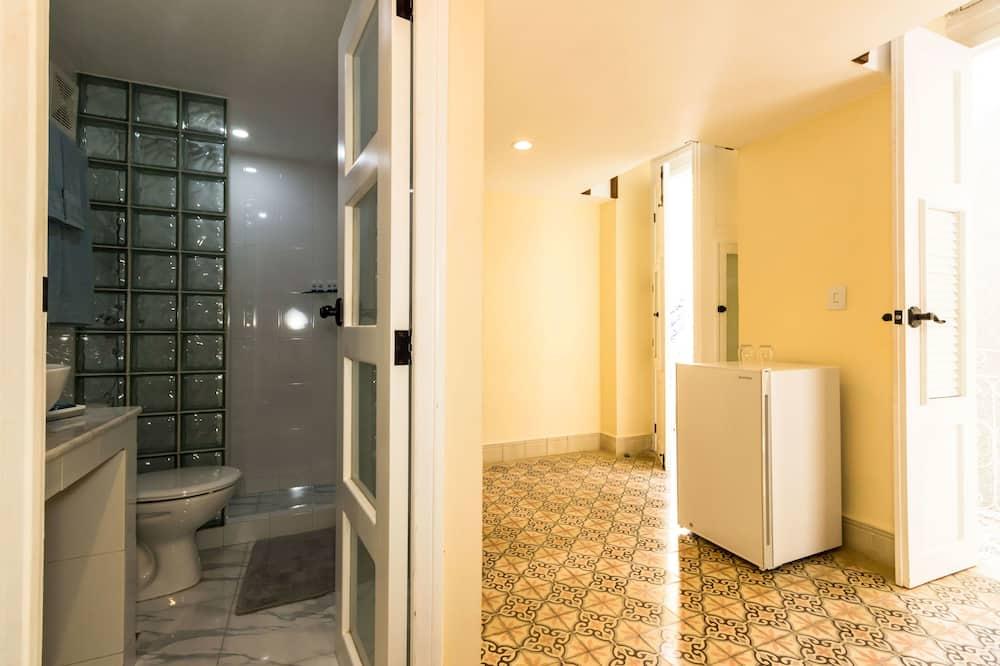 디럭스 트리플룸, 침대(여러 개), 금연 - 욕실
