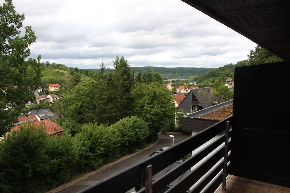 חדר יחיד - נוף מהמרפסת