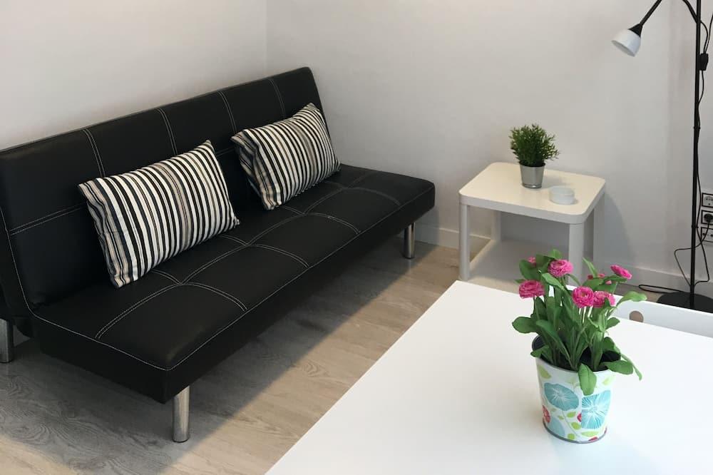Apartment, 1 Bedroom (II) - Living Room