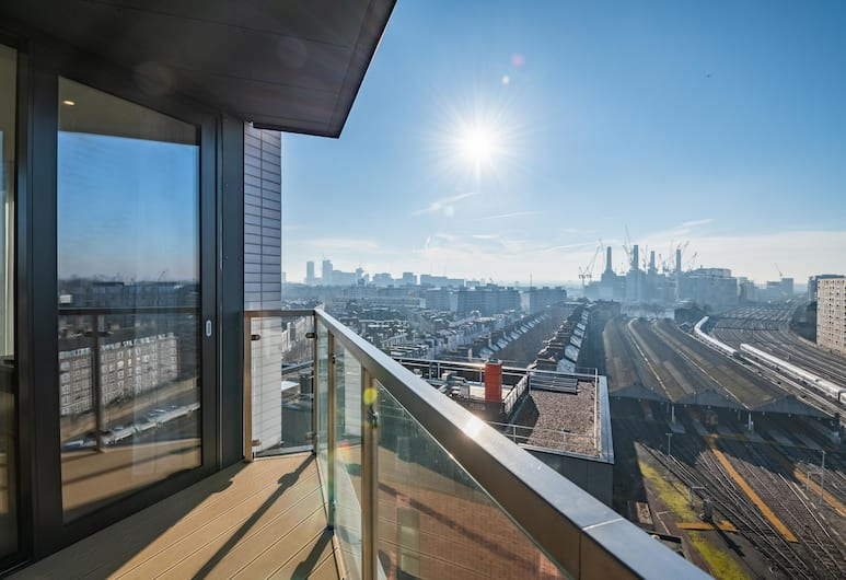 Modern Family Home close to Victoria Station, London, Apartment, 2Schlafzimmer, Balkon