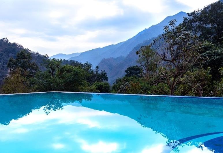 Bagheera River Retreat, Нарендранагар, Открытый бассейн