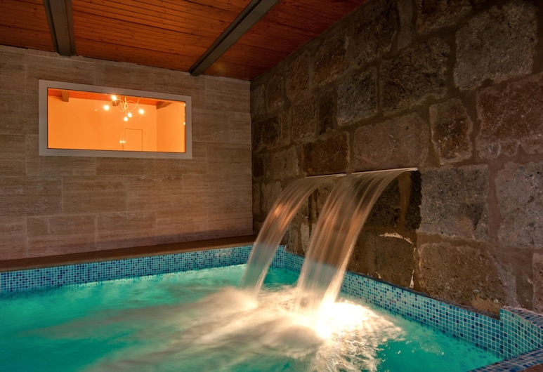 Villa Ingenio paraje natural Parralito, Ingenio, Alberca