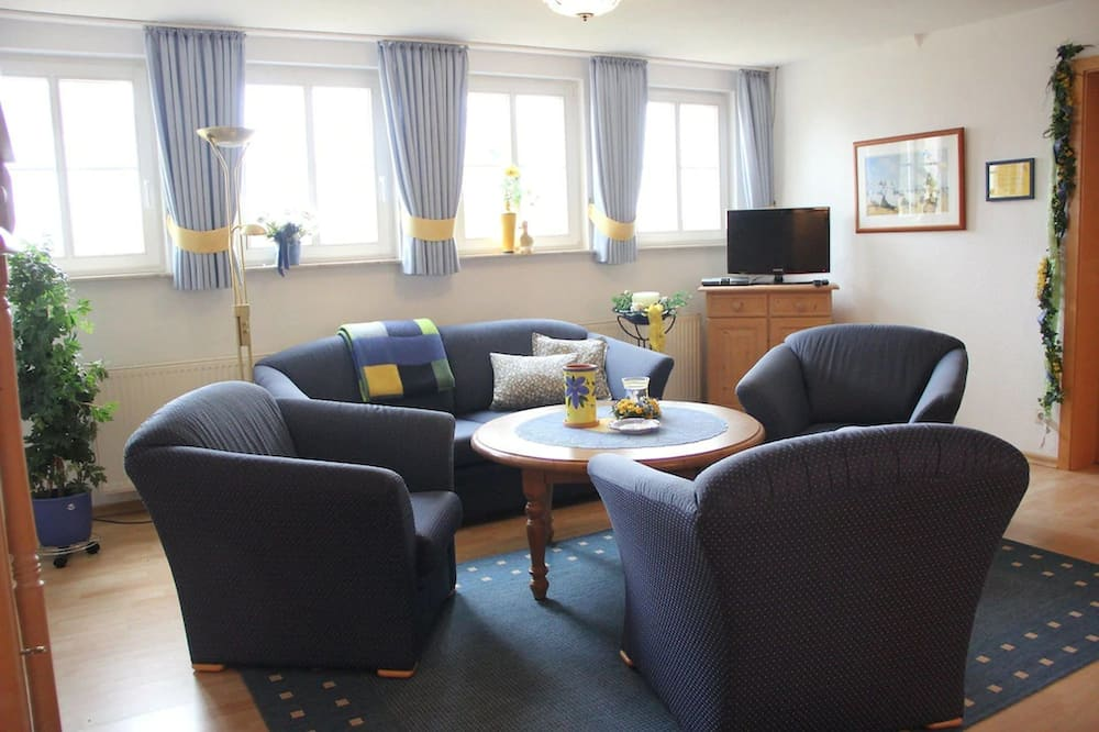 Apartment (App. 4 - WHG M. 2 SZ-EG-Gartenblick) - Living Area