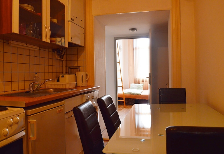 City Apartments on a budget, Vienna, Apartment, 3 Bedrooms (in Central Vienna), Ruang Tamu