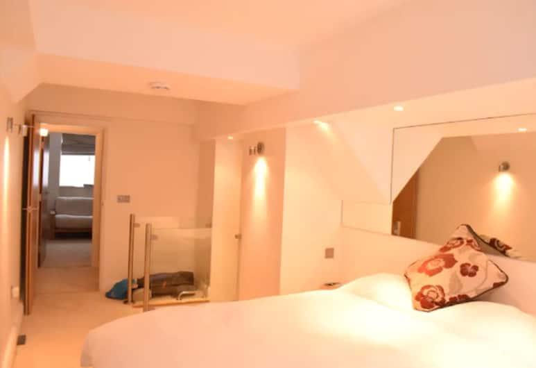 Spacious 2 Bedroom Apartment Near Notting Hill Gate, London, Tuba