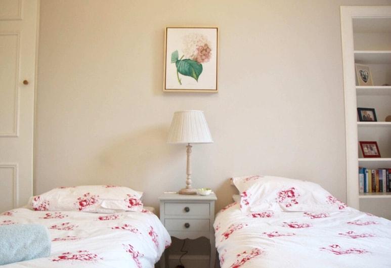 Classic 2 Bedroom Edinburgh Flat, Edimburgo