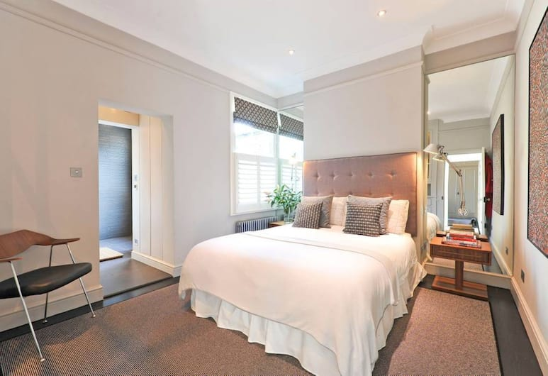 Newly Renovated 3 Bedroom Flat With Terrace, London, Zimmer