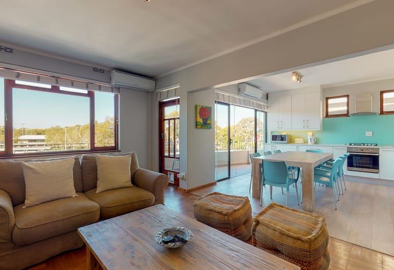 Greenpoint Glamour, Cape Town, Comfort Apartment, 3 Bedrooms, Living Area