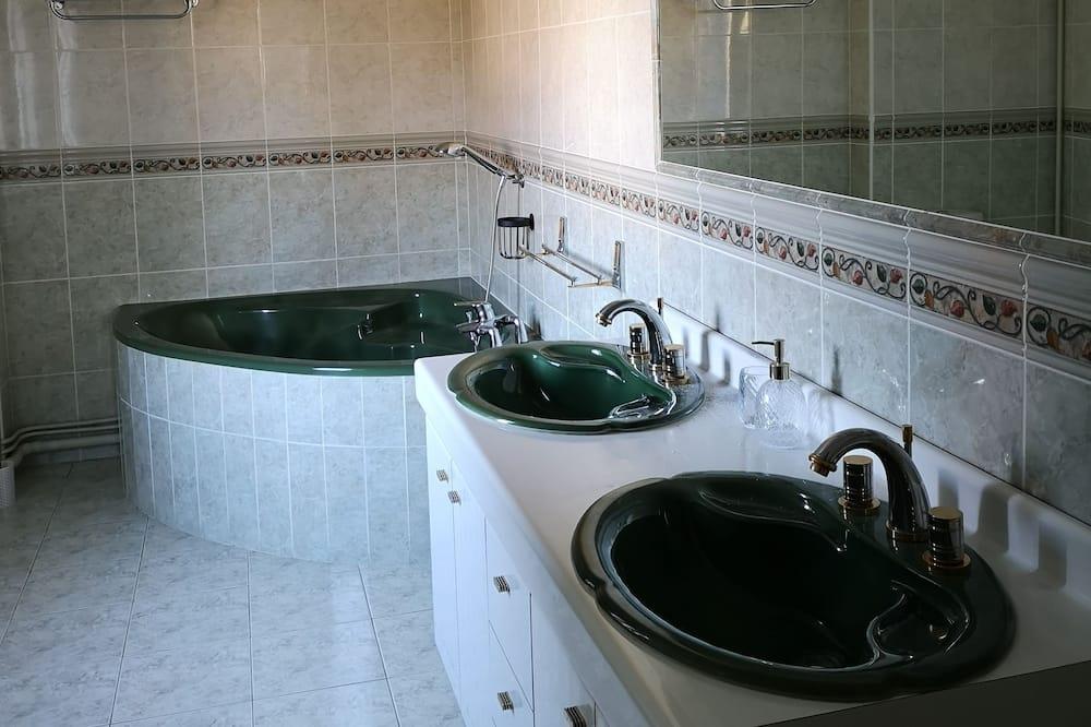 Habitación (Adele) - Baño