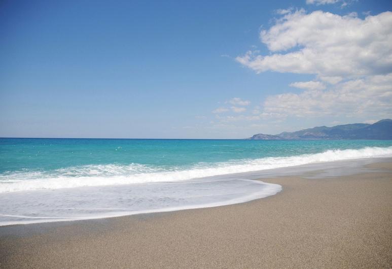جولد سيتي 2 بد روم فيلا 2, ألانيا, الشاطئ