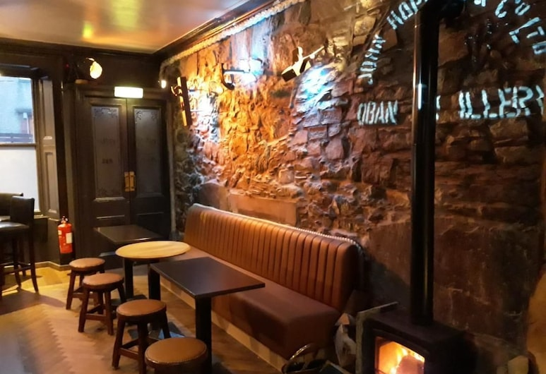 The Whisky Vaults Hotel, Oban, Hotel Bar