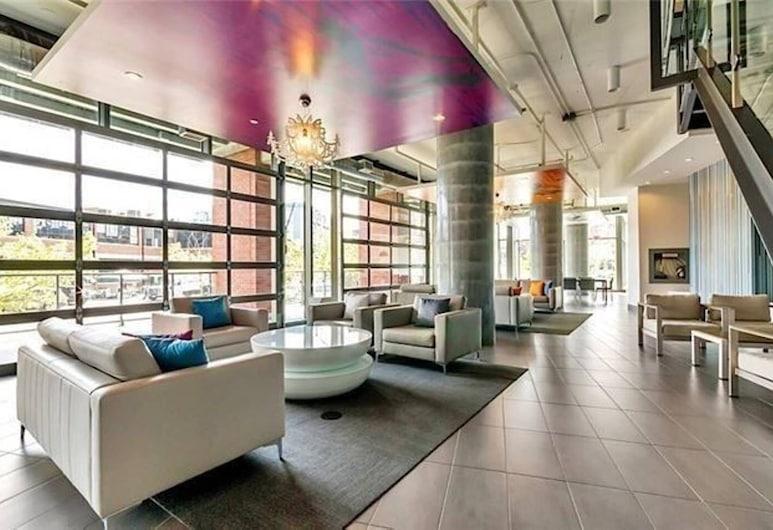 Trendy, Executive Studio, in Downtown TO, Toronto