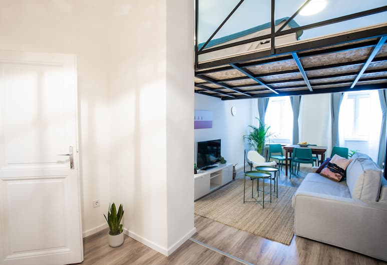 Juniper Apartment, Budapest, Basic Apartment, 1 Double Bed with Sofa bed, Non Smoking, Room