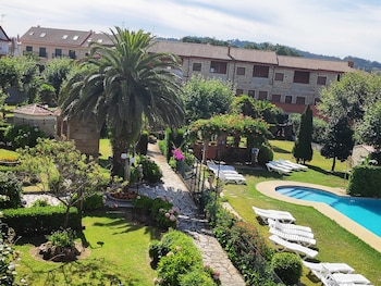 Obrázek hotelu Apartamentos Revo Salinas 3000 ve městě Sanxenxo