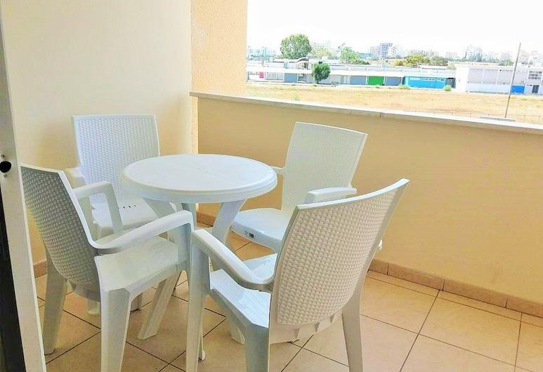 206 Sunrise Beach Apartment, Larnaca, Apartment, Balcony