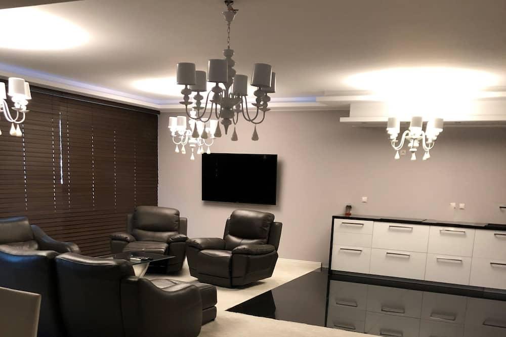 เอ็กซ์คลูซีฟอพาร์ทเมนท์ - พื้นที่นั่งเล่น