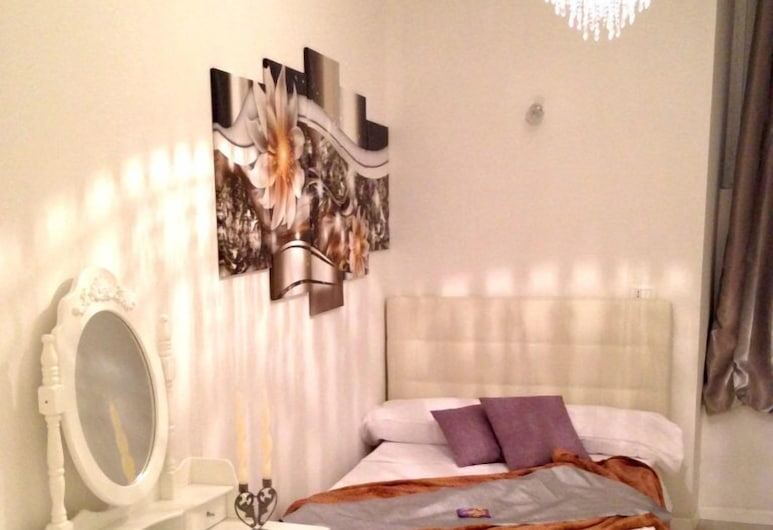 Fashion Lux B&B, Rome, Deluxe Suite, Guest Room