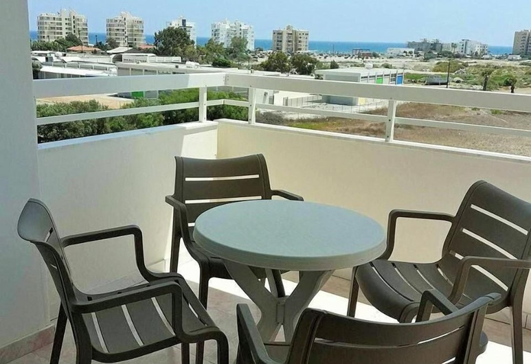 Apartment 401 Camelia Court, Larnaca, Balcony