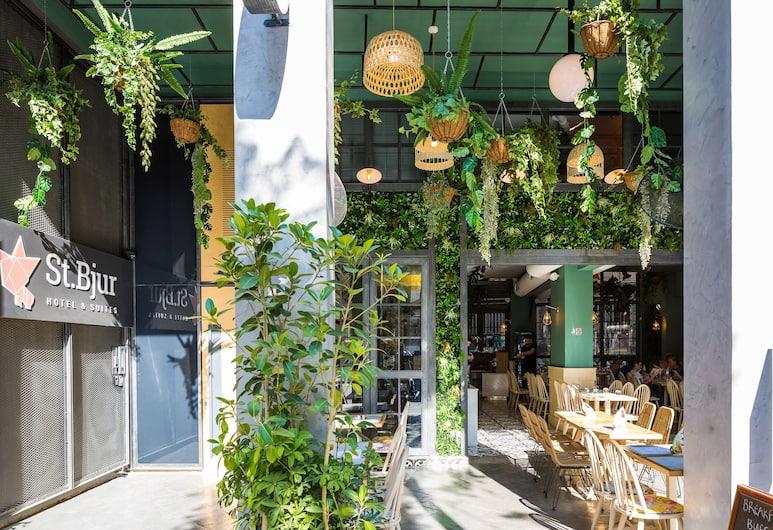 St. Bjur Suites, Athen, Gastronomie