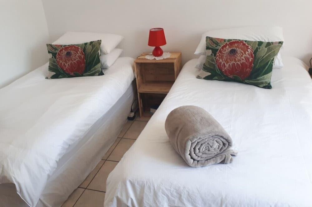 Ubytování ve společné místnosti, smíšený pokoj v ubytovně, společná koupelna - Hlavní fotografie