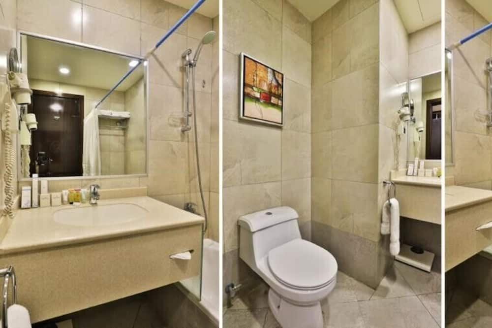 Double Room, 1 Double Bed, Non Smoking - Bathroom