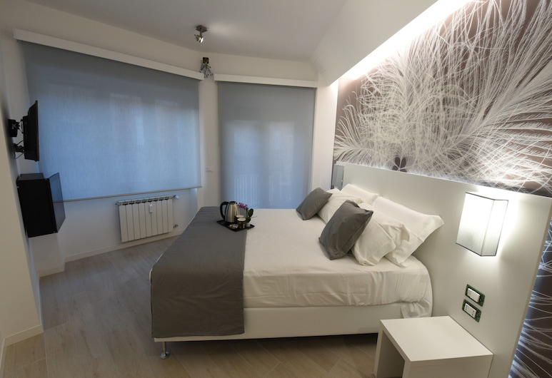 Duca's House, Rome, Double or Twin Room, Balcony, Guest Room