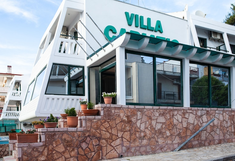 Villa Cariatis, Nea Propontida