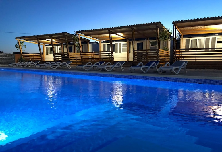 傑拉德活動房酒店, 聖菲利普與雅各, 室外泳池