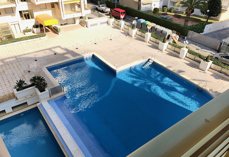 T&H Novelty 415 Family Apartment, Salou, Outdoor Pool