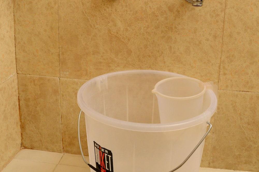 Deluxe Δωμάτιο (AC) - Μπάνιο