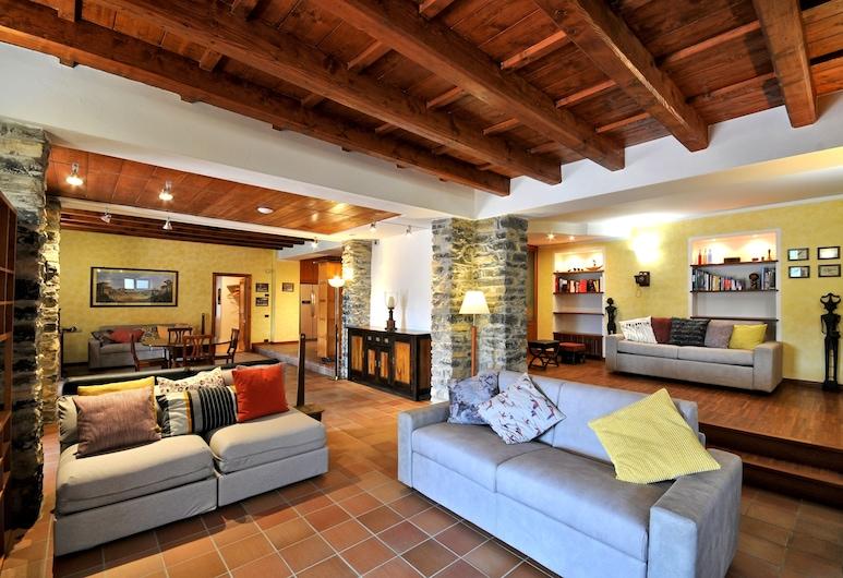 科羅托波利羅洛酒店 - 科莫湖陽台, 切爾諾比爾, 公寓, 2 間臥室, 客廳