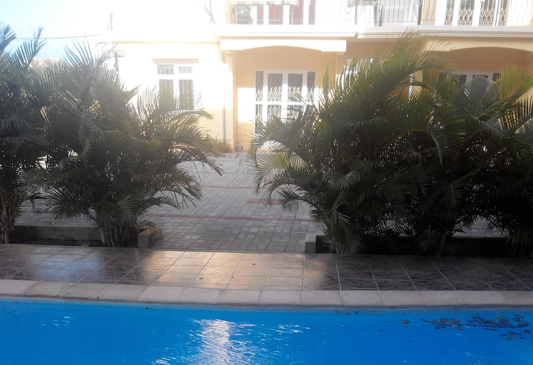 Apartment With 3 Bedrooms in Pereybere, With Shared Pool, Enclosed Garden and Wifi - 600 m From the Beach, Grand-Baie, Piscina