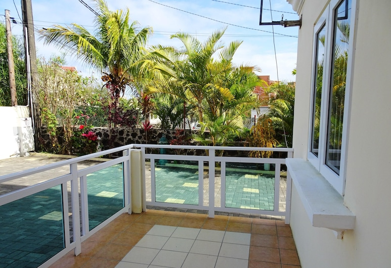 Apartment With 2 Bedrooms in Pereybere, With Shared Pool and Enclosed Garden - 500 m From the Beach, Grand-Baie, Balkón