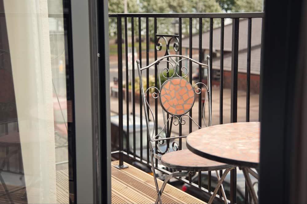 Executive Double Room, Balcony - Balcony