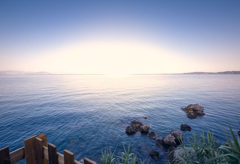 Ionian Grand by Checkin, Corfu, Praia