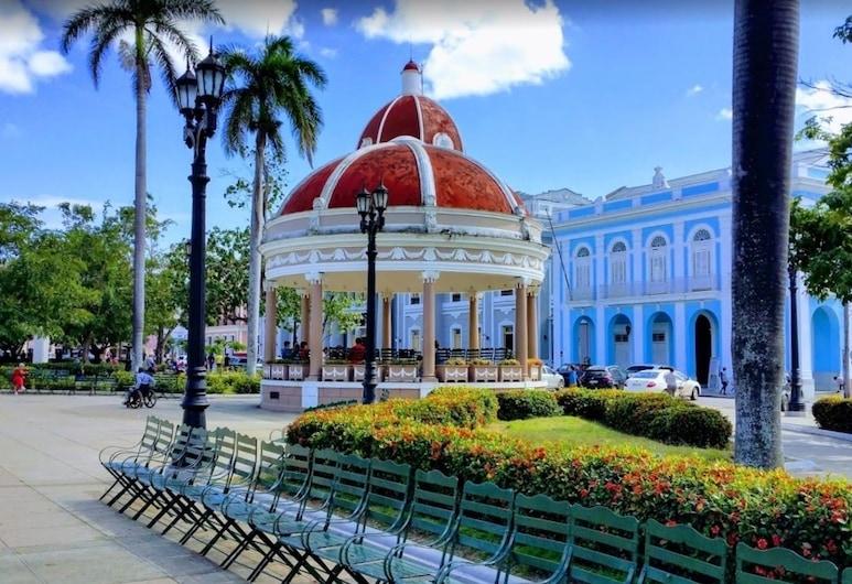 Casa Angel y Hortensia, Cienfuegos, Park view