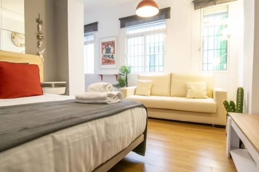 Studija, 1 standartinė dvigulė lova - Svetainės zona