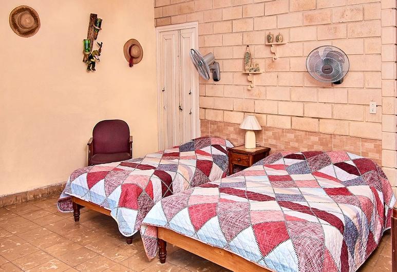 كاسا إلدا, هافانا, غرفة عائلية - عدة أسرّة - لغير المدخنين - منظر للمدينة, غرفة نزلاء